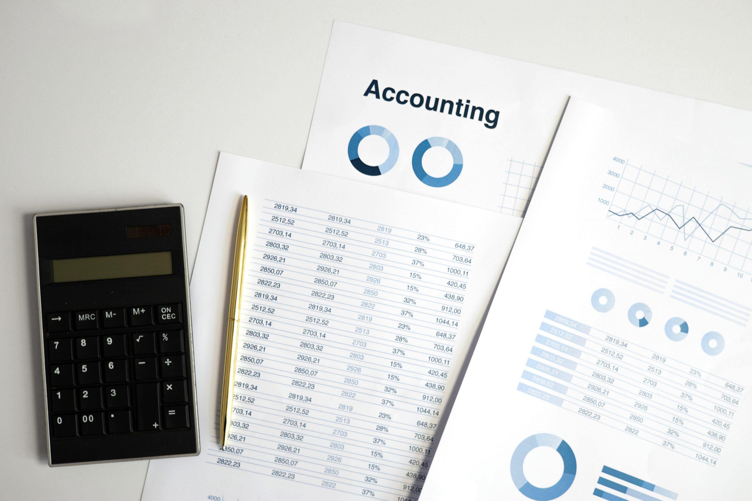 Revisió de Business Plans i Pitch Desks